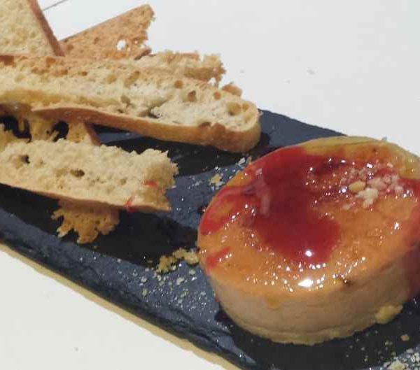 Foie-micuit casero confitado
